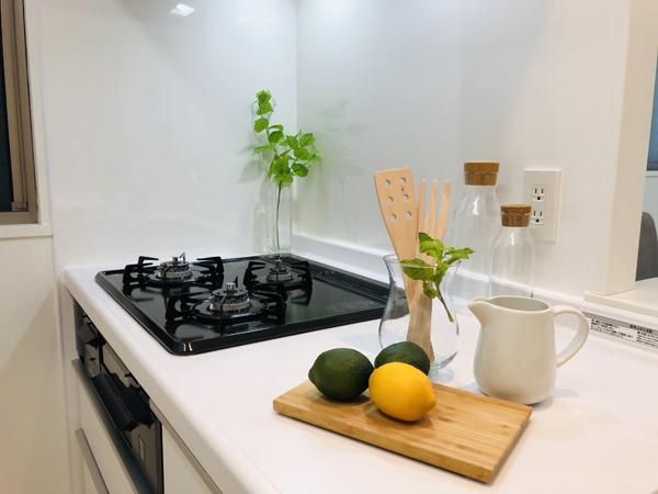 ホームステージング キッチン